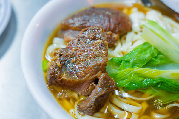 [新北 板橋]–大蒜牛肉麵–中正路老張牛肉麵