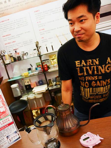[台中 西屯]–熱情款待喝咖啡–OKLAO歐客佬咖啡農場