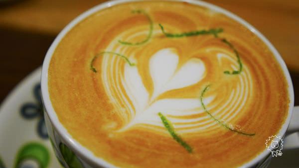 [苗栗 竹南]–喝咖啡 和老闆聊是非–12咖啡館